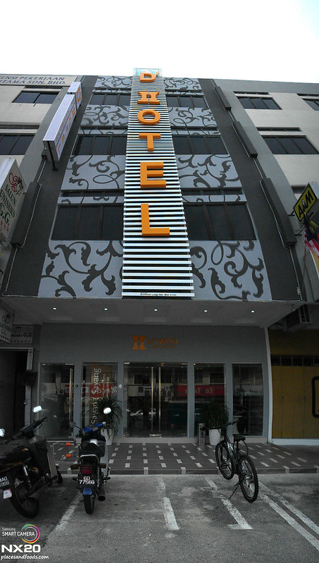 D' Hotel Front
