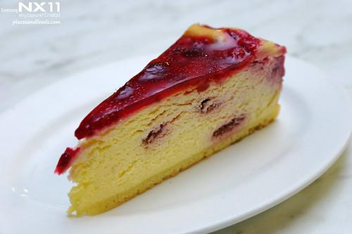 salamanca bakehouse raspberry cheesecake