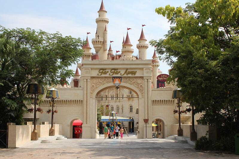 Universal Studios Singapore - Far Far Away