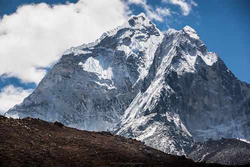 Ama Dablam - Super Close Up Edition
