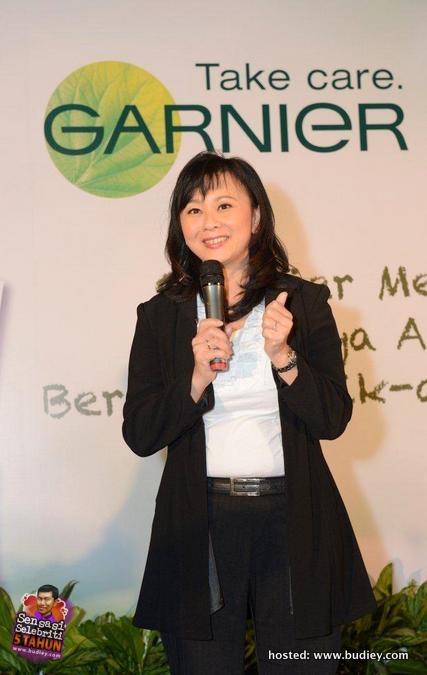 Gambar Lisa Surihani di Rumah Terbuka Garnier