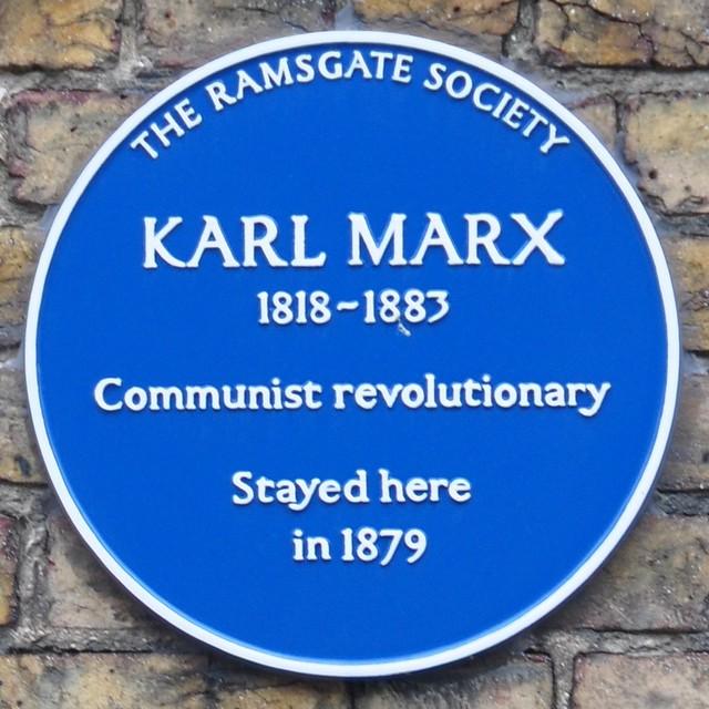 Photo of Karl Marx blue plaque