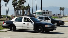 LAPD - Ford Crown Victoria (1)