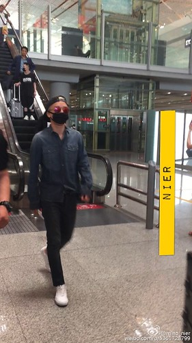 Big Bang - Beijing Airport - 05jun2015 - Seung Ri - mino_nier - 01