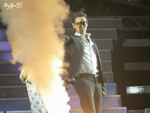 YGFamCon-Taiwan-BIGBANG-20141025-4--_09