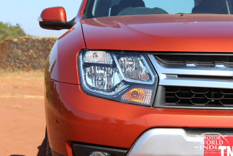 2016-Renault-Duster-Front-Headlight