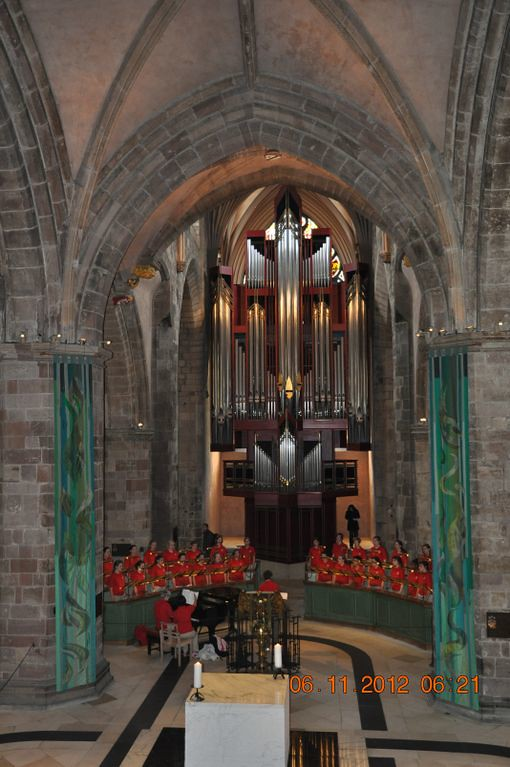 St. Louis Children's Choir performing in St. Giles Cathedral in Stirling, Scotland