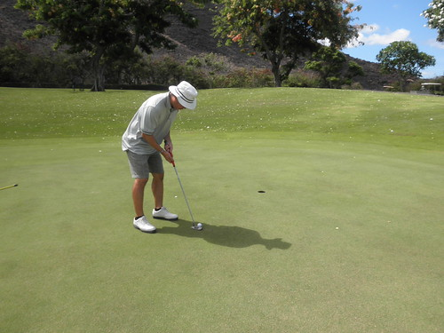 Makaha Valley Country Club 042