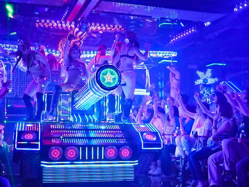 robot restaurant  (19 of  20)-2