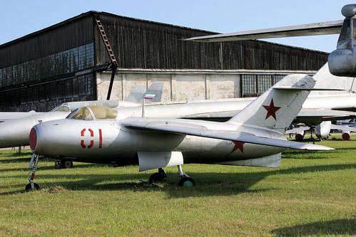 Lavochkin La-15 01 red