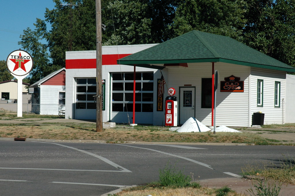 Texaco Station, Lincoln, IL