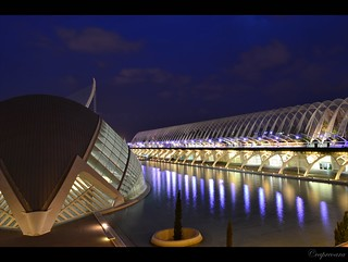 Valencia : City of Arts and Sciences - Hemispheric and Umbracle by night
