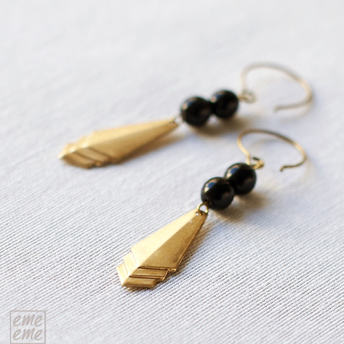 Earrings,Vintage,raw,brass,triangles,black,glass,dawanda,etsy,beads,jewelry,handmade,emeeme,pendientes,art deco,rombos,cuentas,cristal,negro