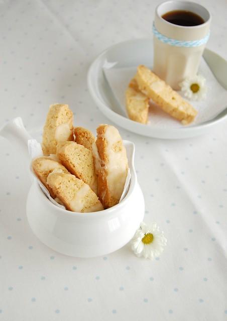 Lemon glazed biscotti / Biscotti de limão siciliano