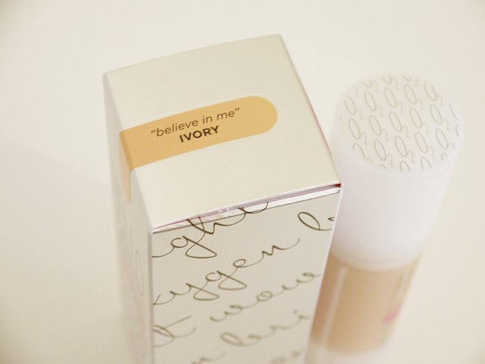 benefit hello flawless oxygen wow foundation ivory 8