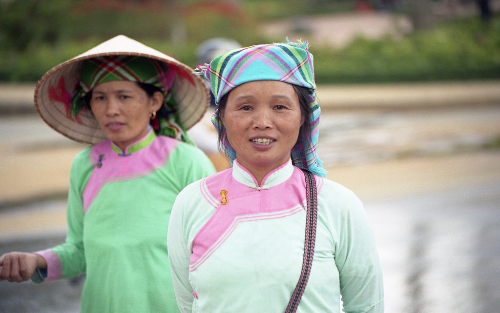 White Tai People - Vietnam | I had lots of fun with these ...