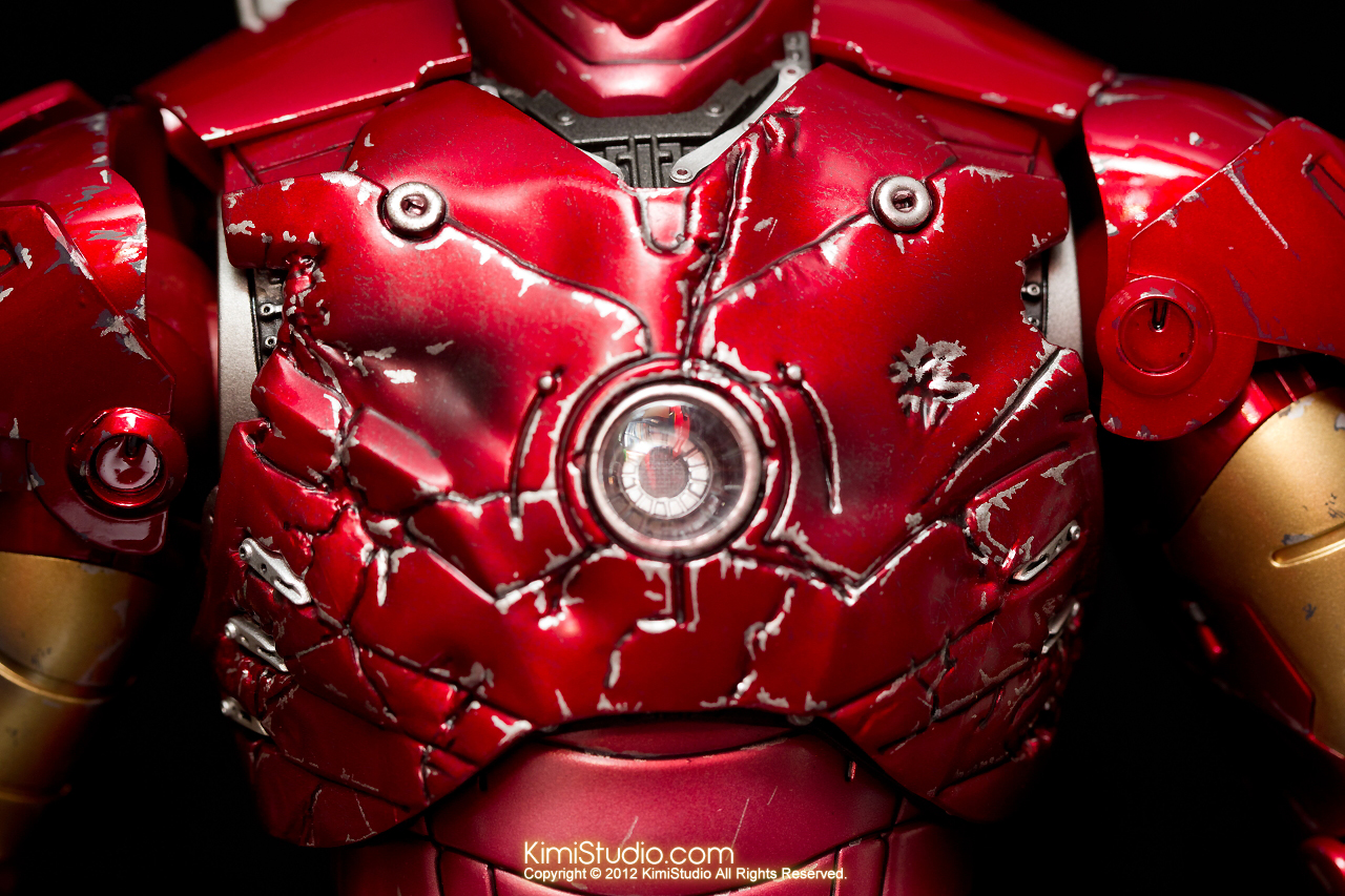 2012.09.13 MMS110 Hot Toys Iron Man Mark III 戰損-018