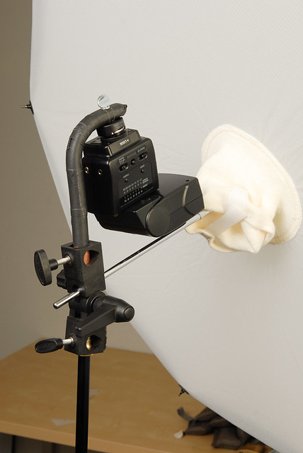 Flash mount for Photek Softlighter II