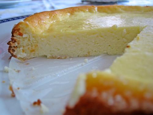 torta di ricotta : variante con yogurt greco senza base di biscotti; con bordi zuccherati by fugzu