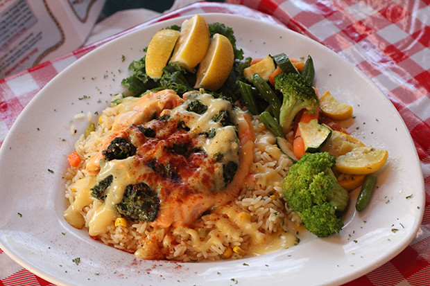 Salmon Rockefeller, Lobster Pot, Siesta Key, Sarasota, FL, Restaurant Review