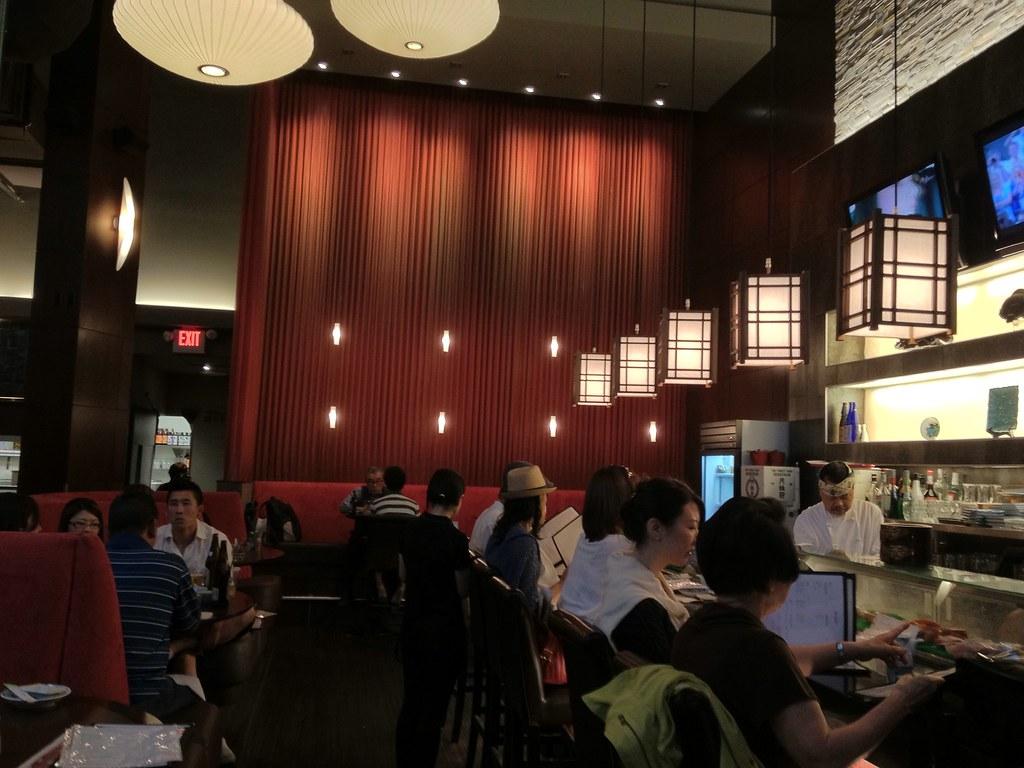 Aki restaurant vancouver coal harbour new location