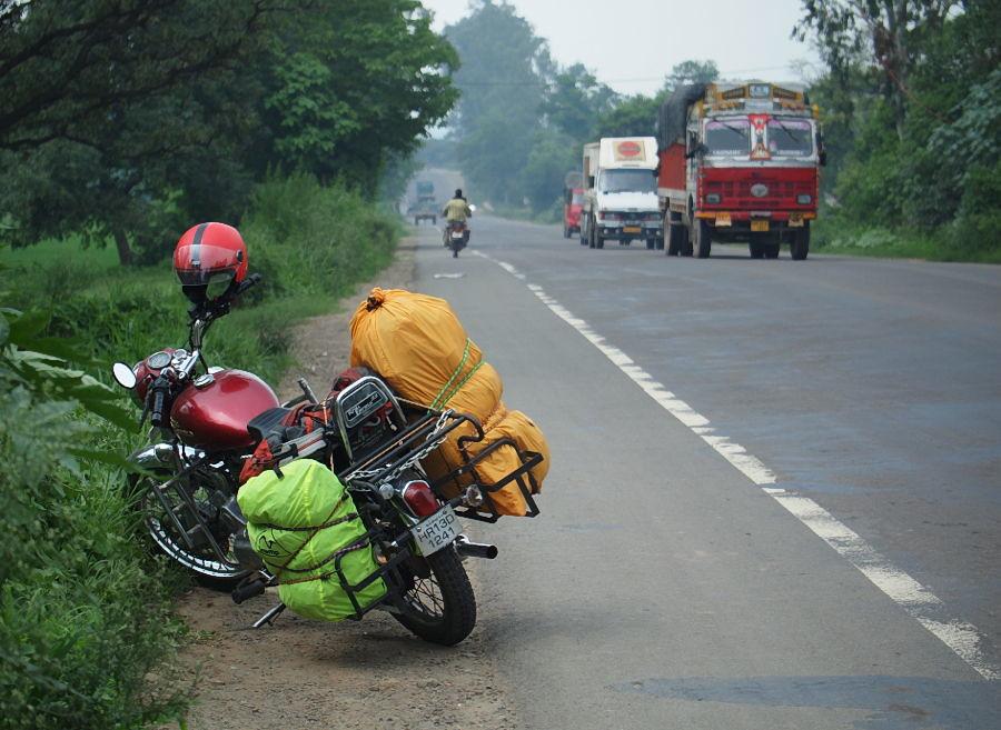 Road to Chandigarh