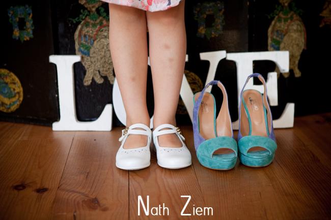chaussures_de_la_mariee_et_fillette