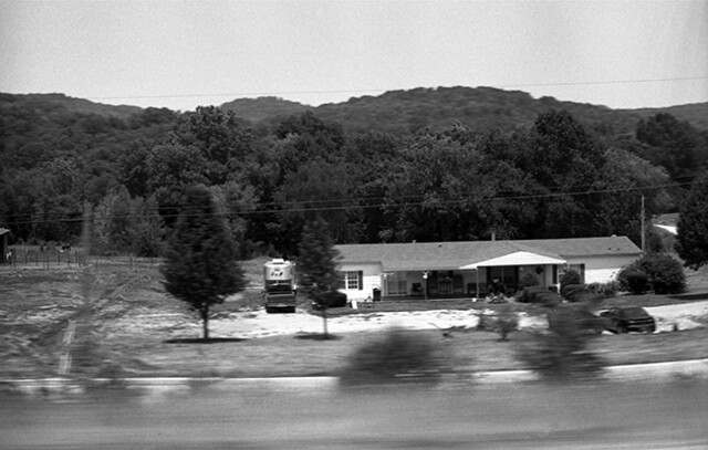 TN bw near Gatlinburg431 72 dpi