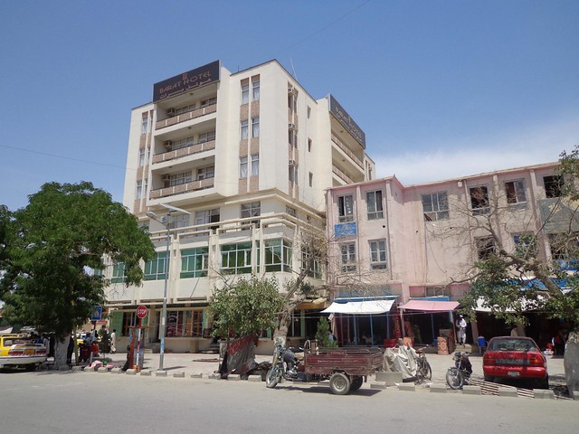 Hotel Barat em Mazar-e Sharif