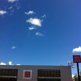 冷房対策にパーカーを買う #okinawa
