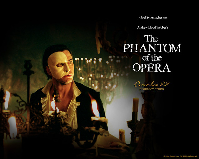 Gerard_Butler_in_The_Phantom_of_the_Opera_Wallpaper_5_1280