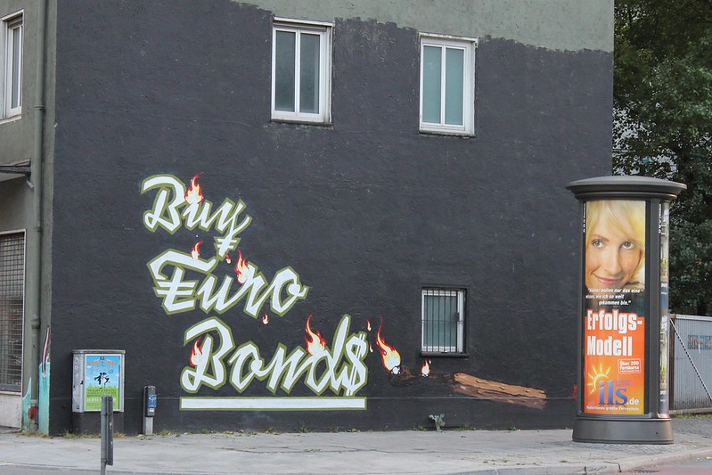 Buy Euro Bonds