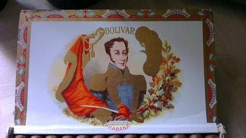 Bolívar Coronas Junior Dress Box