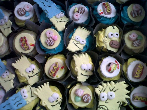 Simpsons cupcake