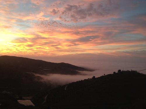 sol sunrise cloudy cielo nubes julu benamocarra julucar