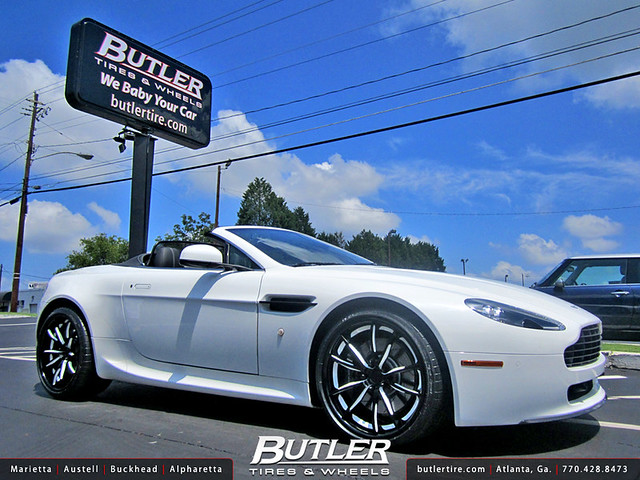 Aston Martin Vantage with 20in Niche Monza Wheels