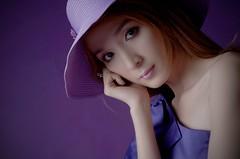 [フリー画像素材] 人物, 女性 - アジア, ベトナム人, 帽子, 頬杖 ID:201209020800
