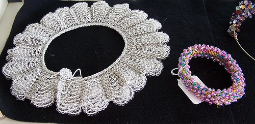 Knitting With Wire And Beads Patterns : Robbie cohrssen s beaded wire jewelry
