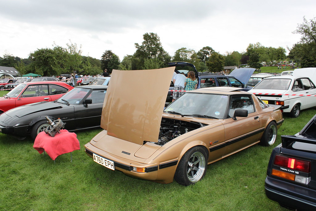 Exile Rotorsport / RX7fb forum stand at Retro Rides Gather