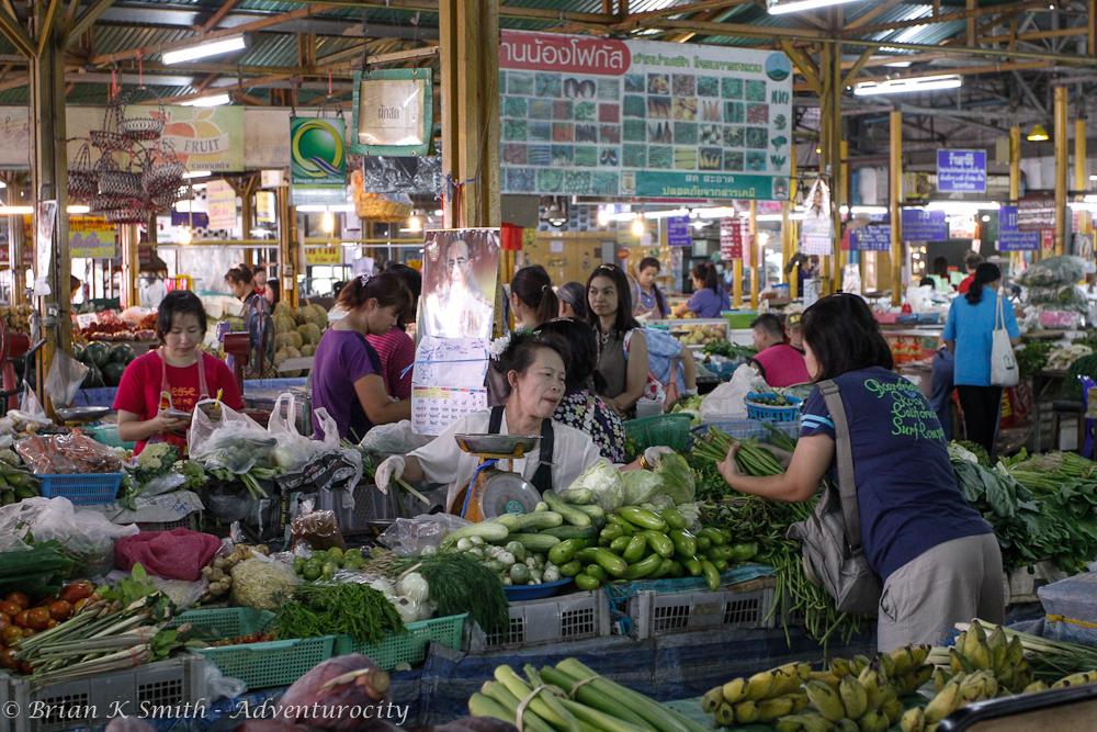 Moonmuang Market in Chiang Mai