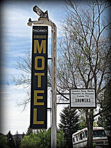 colorado smalltown motels metalsigns vintagesigns vintagemotels naturita