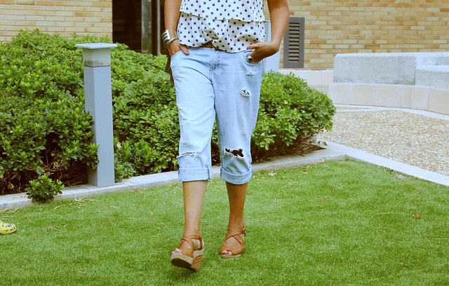 Look camisa topos + Boyfriend jeans