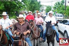 Diputado Noé Camacho realiza cabalgata amistosa en Las Lagunas