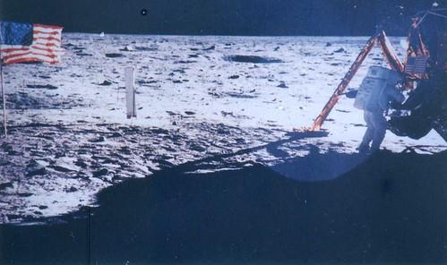 NASA AS11-40-5886