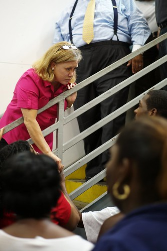 Sen. Landrieu visits Louisianians displaced by Isaac