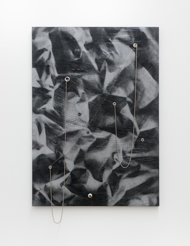 RL2012 New Order, 2012, Spraypaint on mesh fabric, metal beaded chain, clingfilm, various rivets on stretcher, 62 x 44 cm