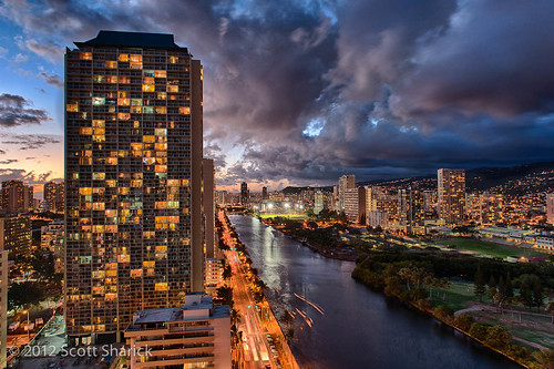 sky urban cloud building hawaii evening canal us waikiki oahu dusk unitedstatesofamerica honolulu hdr highdynamicrange alawai