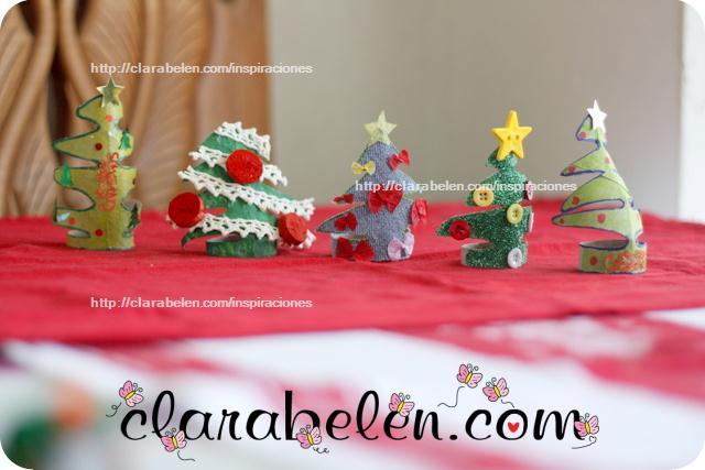 Cómo hacer pequeños árboles de Navidad para adorno o servilletero con rollos de papel y botones