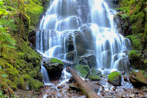 nature oregon portland outside outdoors waterfall pacific northwest hiking hike falls fairy
