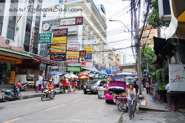 Aloft Bangkok – Sukhumvit 11- the streets-011